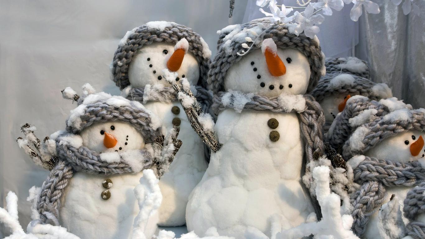 Сніговики новий рік фото новий рік